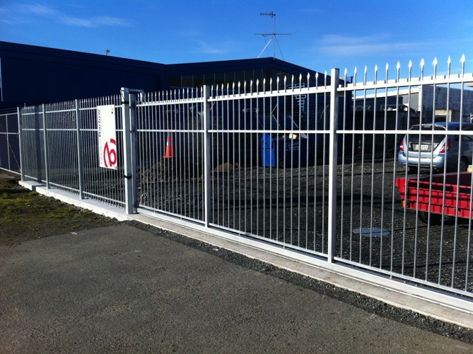 Spike Security Fence 4 Pw Automatic Security Gates